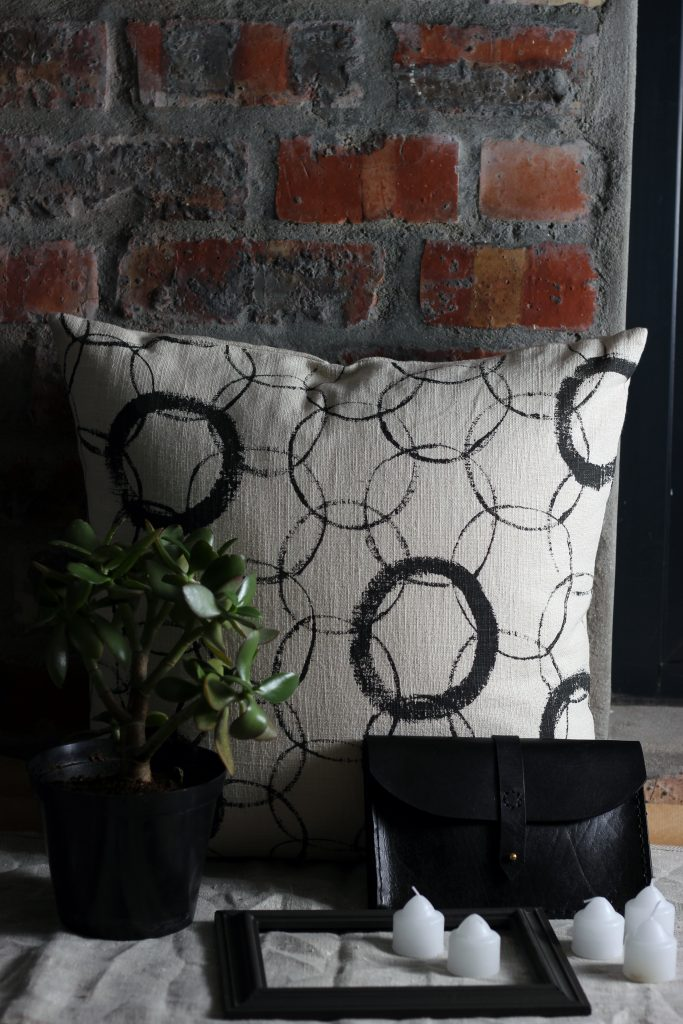 7 Tips On How To Shop For Your Apartment - Apartment Haul www.collectic.co.za